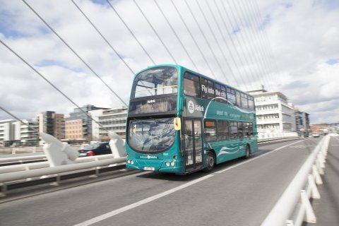 Airlink Express on Beckett Bridge