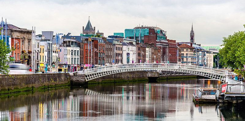 dublin city and ha'penny bridge