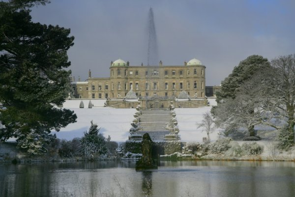 Snow-Powerscourt