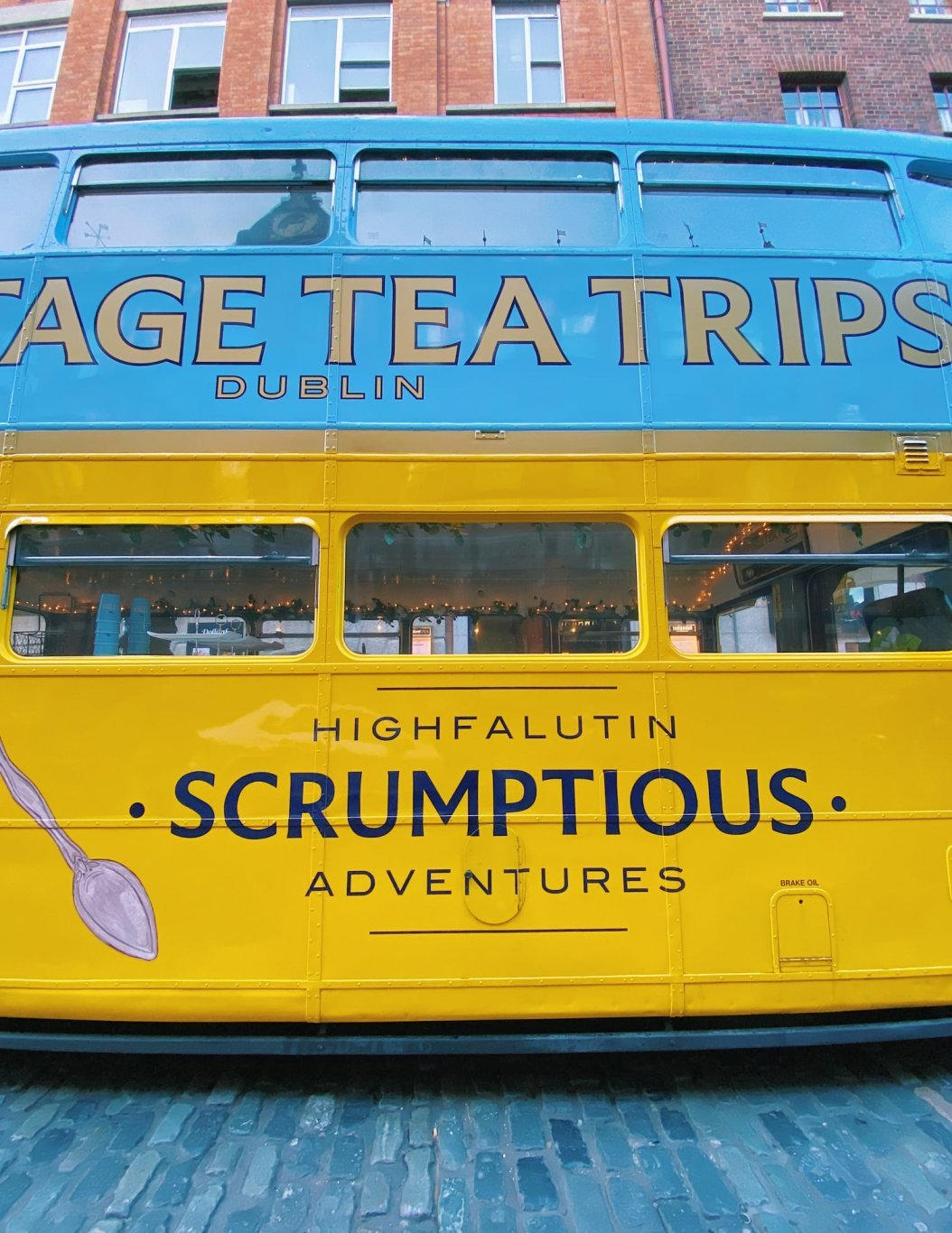 afternoon-tea-tour-bus-dublin