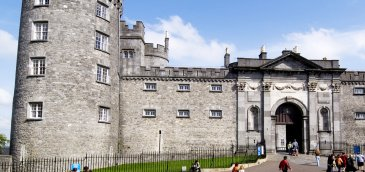 kilkenny castle entrance