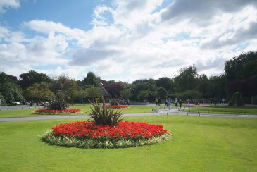 Summer flowers and green lawns at St. Stephen's Green